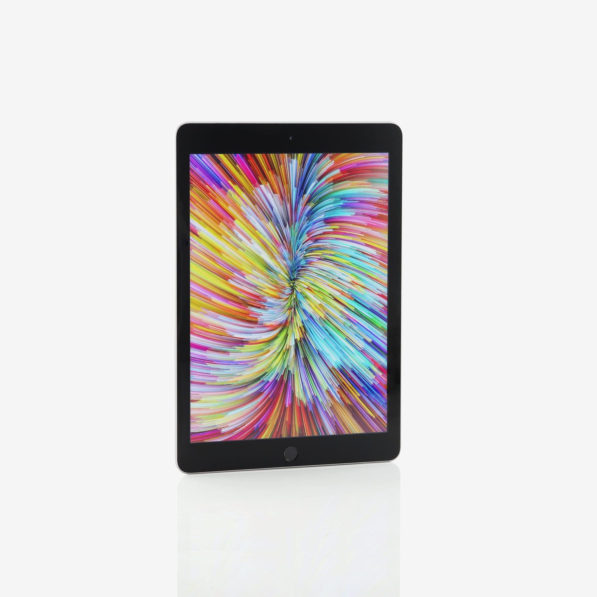 1 x iPad (5th generation) (Wi-Fi) Space Grey